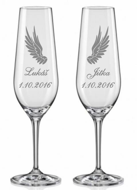 Svatební skleničky s křidélky
