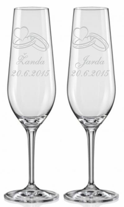 Svatební sklenice s prstýnky