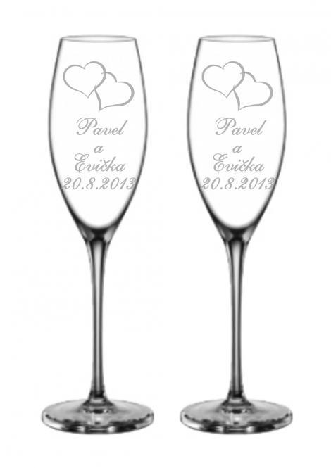 Svatební skleničky se srdíčky, jmény a datem svatby